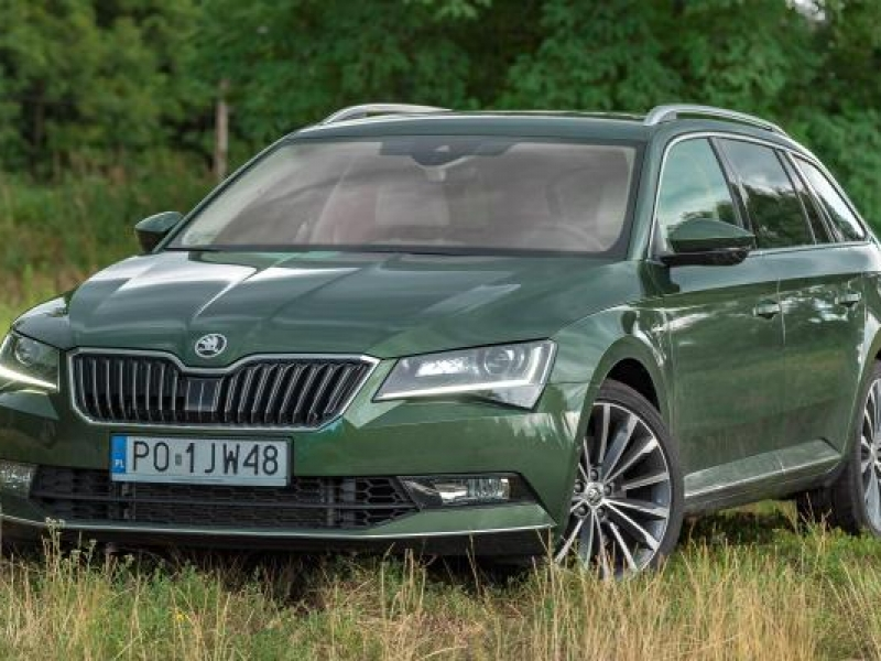 Skoda Superb Combi Laurin&Klement – szyk i elegancja